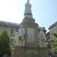Statut du grand Léonard de Vinci