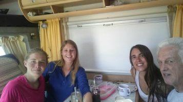 Pause déjeuner dans le camping-car